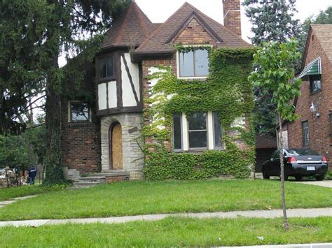 buy house in detroit cheap plan to buy 6 000 dilapidated detroit properties falls apart but that might be a good