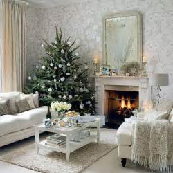 attractive Xmas Mantelpiece Decoration Ideas #4: beautiful-christmas-tree-decorations.jpg