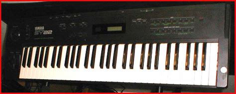 Keyboard Yamaha Sy22 keyboards small town
