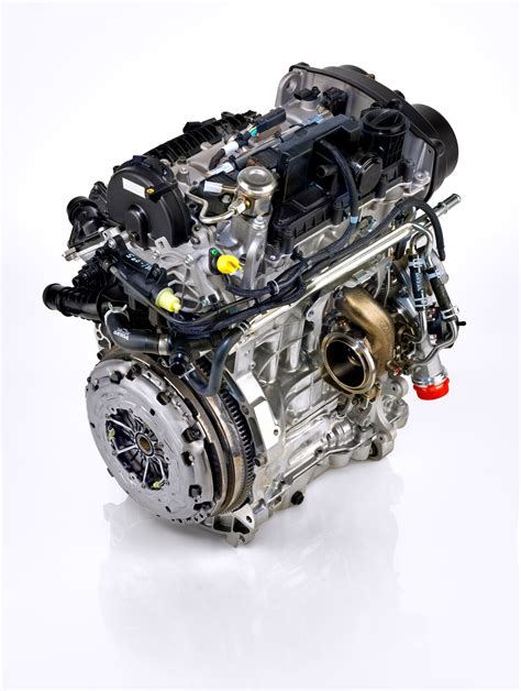 how does a cars engine work 1994 volvo 960 security system volvo unveils new drive e three cylinder the truth about cars