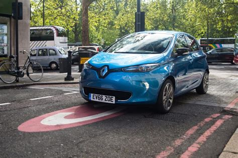 renault zoe 2018 press release renault zoe wins quot best sme green company