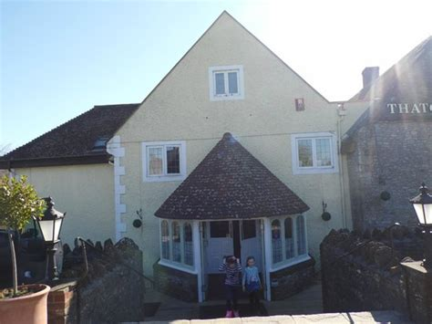 thatched cottage inn shepton mallet the entrance from the large car park picture of