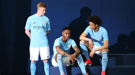 Syal Bola Scarf Bola Manchester City Navy black and third kit manchester city 18 19 scarfs hint at next season s kits footy headlines