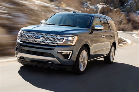 ford expedition 2018 ford expedition to offer live tv streaming motor trend