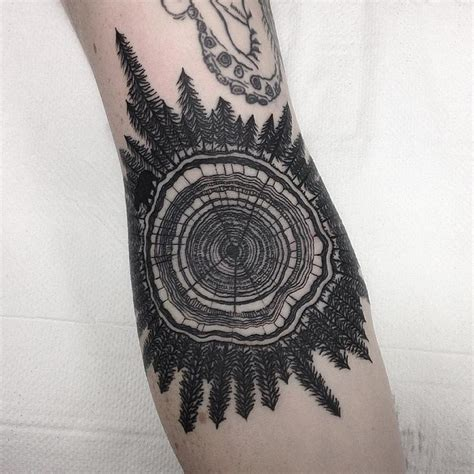 tree ring tattoo best 25 tree ring ideas on wood