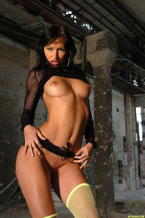 Actiongirls Presents Susana Spears