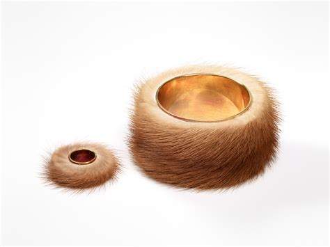 Meret Oppenheim :: Fur Ring :: Collection :: Jewellery by contemporary artists   GEMS AND LADDERS
