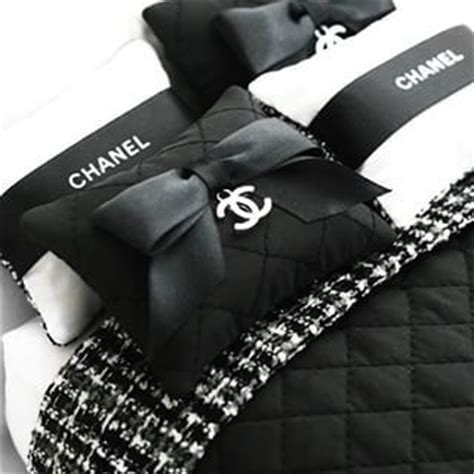 chanel bedding 25 best ideas about chanel bedding on pinterest chanel decor chanel inspired room