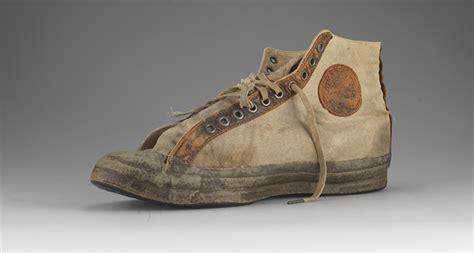 Sepatu Converse Saat Ini sejarah sepatu converse