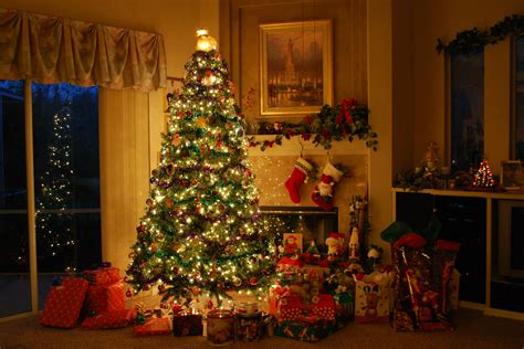 Confortable Christmas House Decorations Inside In Awesome Christmas Decorations Ideas