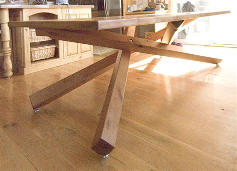 hand crafted dining table  terrys fine woodworking