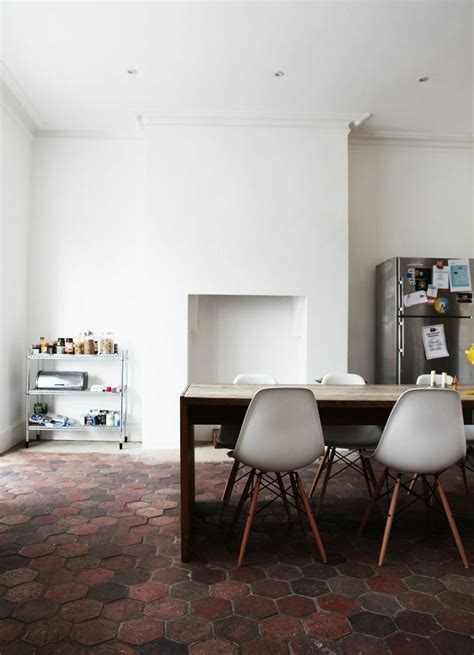 Decoration Maison Avec Tomettes by On Apprivoise Ou On Relooke Ce Sol En Terre Cuite