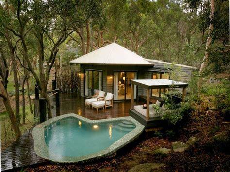 tiny pool house luxury beach house at bouddi peninsula australia