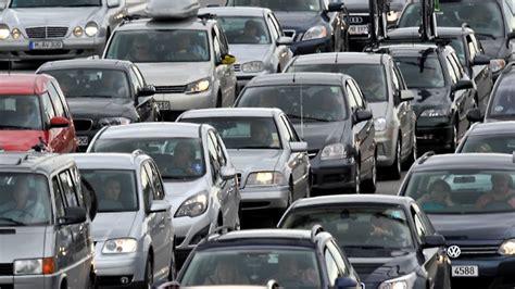 Online Kfz Versicherung Im Test by Jetzt Wechseln Und Sparen Autoversicherungen Im Test N