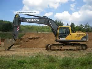 Volvo Excavators 2005 Volvo Ec290blc Hydraulic Excavator