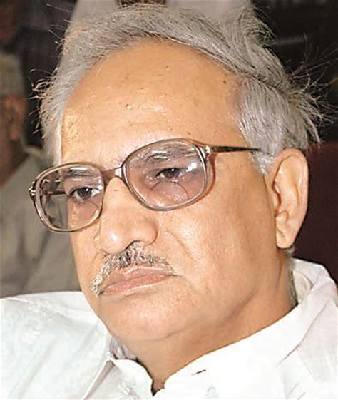hindi poets biography in hindi language arun kamal
