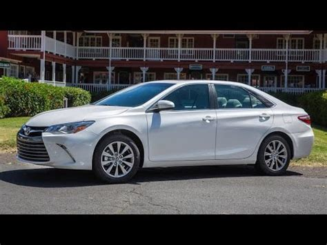 2017 toyota camry xle v6 review | best new cars for 2018