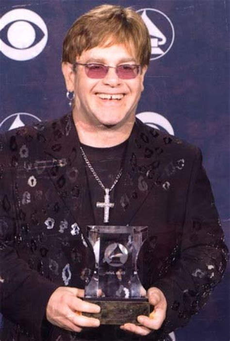 Elton Discos Noticias Biografa Fotos Canciones Elton Noticias Fotos Y Biograf 237 A De Elton