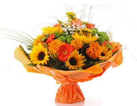 buche di fiori per compleanno fiori compleanno efiorista in italia ti aiuta a