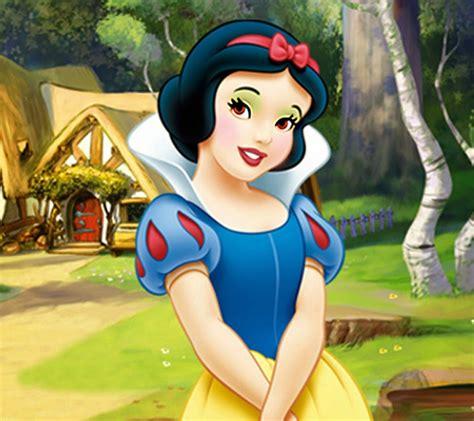 Snow White disney princess snow white and seven dwarfs
