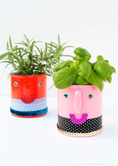 Diy Herb Planters by Diy Smiley Summer Herb Planters Say Yes