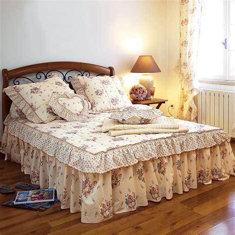 couvre lit romantique