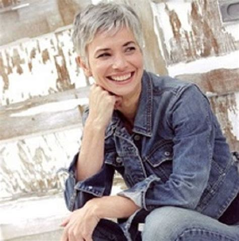 photos of very short grey hairstyles with mahogany highlights 2015 pixie hairstyles for grey hair over 40s pinterest