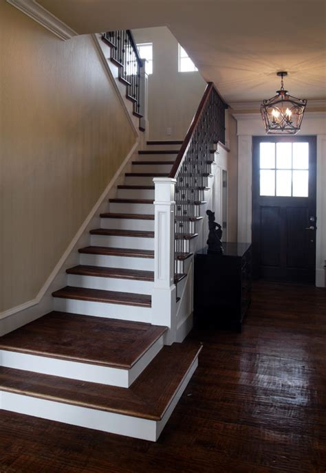 Landing Banister by The New Craftsman Style Staircase