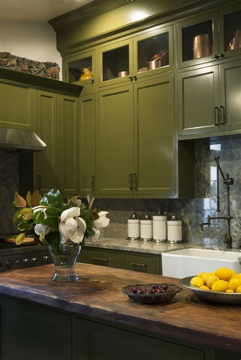 olive green kitchen cabinets best 25 olive green paints ideas on olive
