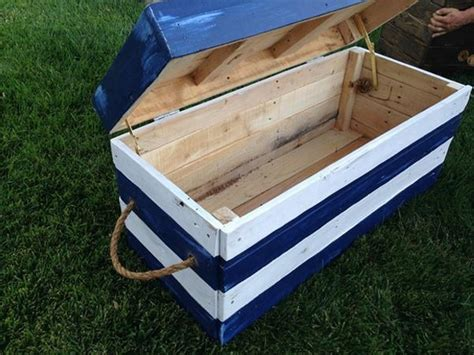 wooden pallet storage chests pallet wood projects