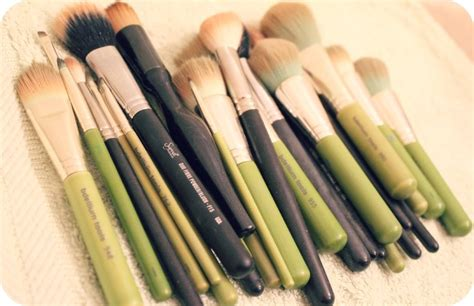 cleaning blogs zoella how i deep clean my makeup brushes