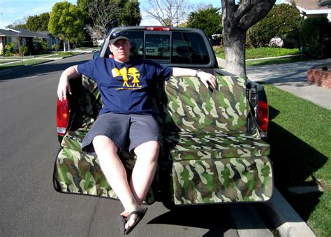 tailgate sofa tailgate couch tailgating ideas