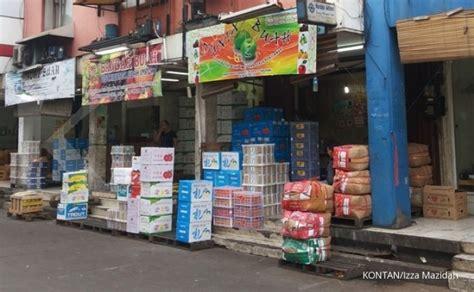 Ramen Di Pasar Lama Tangerang memilih buah segar di pasar induk tangerang 1