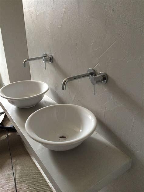 rivestimento in resina per bagno rivestimenti bagni in resina come realizzarli topresine