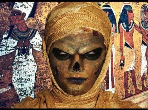 her a fabulously creepy 1780220022 zombie mummy makeup tutorial youtube