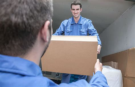 cost of movers how much do movers cost realtor 174