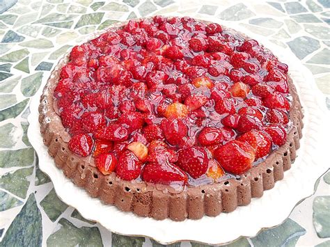 erdbeer schoko kuchen schoko erdbeer kuchen rezepte suchen