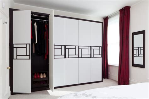 Wardrobe Pictures R by Global Infra Interior