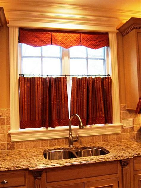 Cafe Kitchen Curtains 35 Best Images About Curtains Drapes On Pinterest Bay Window Curtain Rod Wrought Iron And