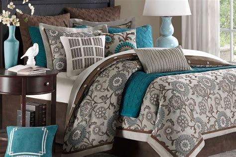 10 piece comforter set king bennet 10 piece king comforter set at gardner white