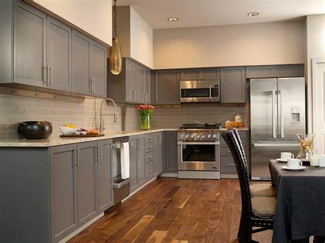 cuisine avec sol parquet tendance cuisine 50 exemples avec la couleur grise