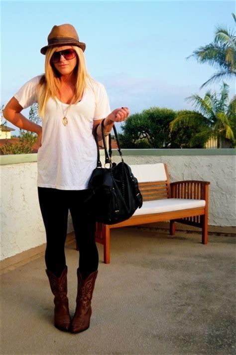 leggins on black jeggings and