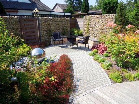 Sitzplatz Im Garten Anlegen by Sitzplatz Im Garten Galabau M 228 Hler Traumgarten