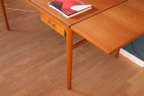 scrivania allungabile scrivania allungabile con due cassetti danord