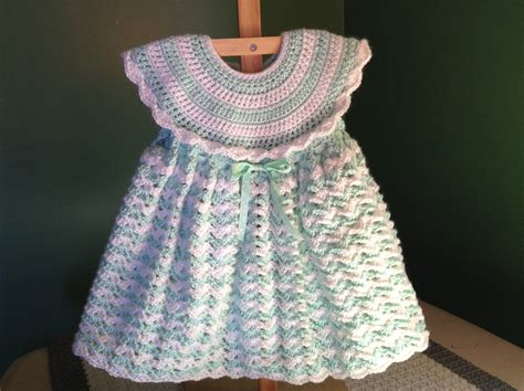 Crochet Baby Dress Pattern Youtube | how to crochet a baby dress easy shells youtube