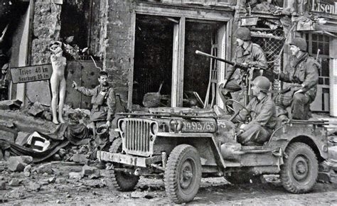 wwii jeep in action the gallery for gt american flag ww2