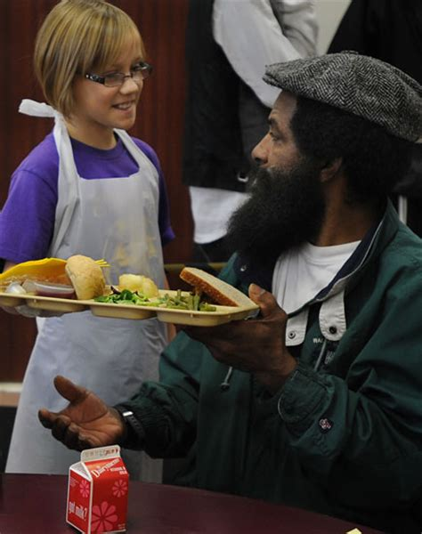 Soup Kitchen Detroit by Thanksgiving At Capuchin Soup Kitchen News Photo Gallery