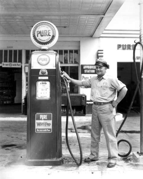 gas station attendant gas stations motels usa gas pumps