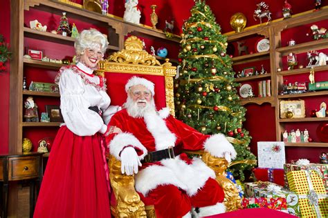 could mrs claus handle santa s job the mary sue