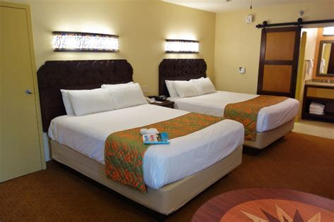 Fold Down Table Five Person Queen And Murphy Bed Rooms At Disney S
